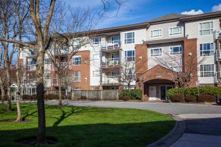 "Photo 1: 308 15885 84 Avenue in Surrey: Fleetwood Tynehead Condo for sale in ""Abby Road"" : MLS®# R2440767"