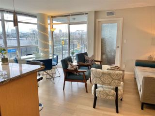 """Photo 8: 303 89 W 2ND Avenue in Vancouver: False Creek Condo for sale in """"Pinnacle Living False Creek"""" (Vancouver West)  : MLS®# R2536464"""