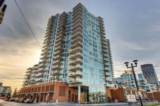Main Photo: 1806 519 RIVERFRONT Avenue SE in Calgary: Downtown East Village Condo for sale : MLS®# C4143848