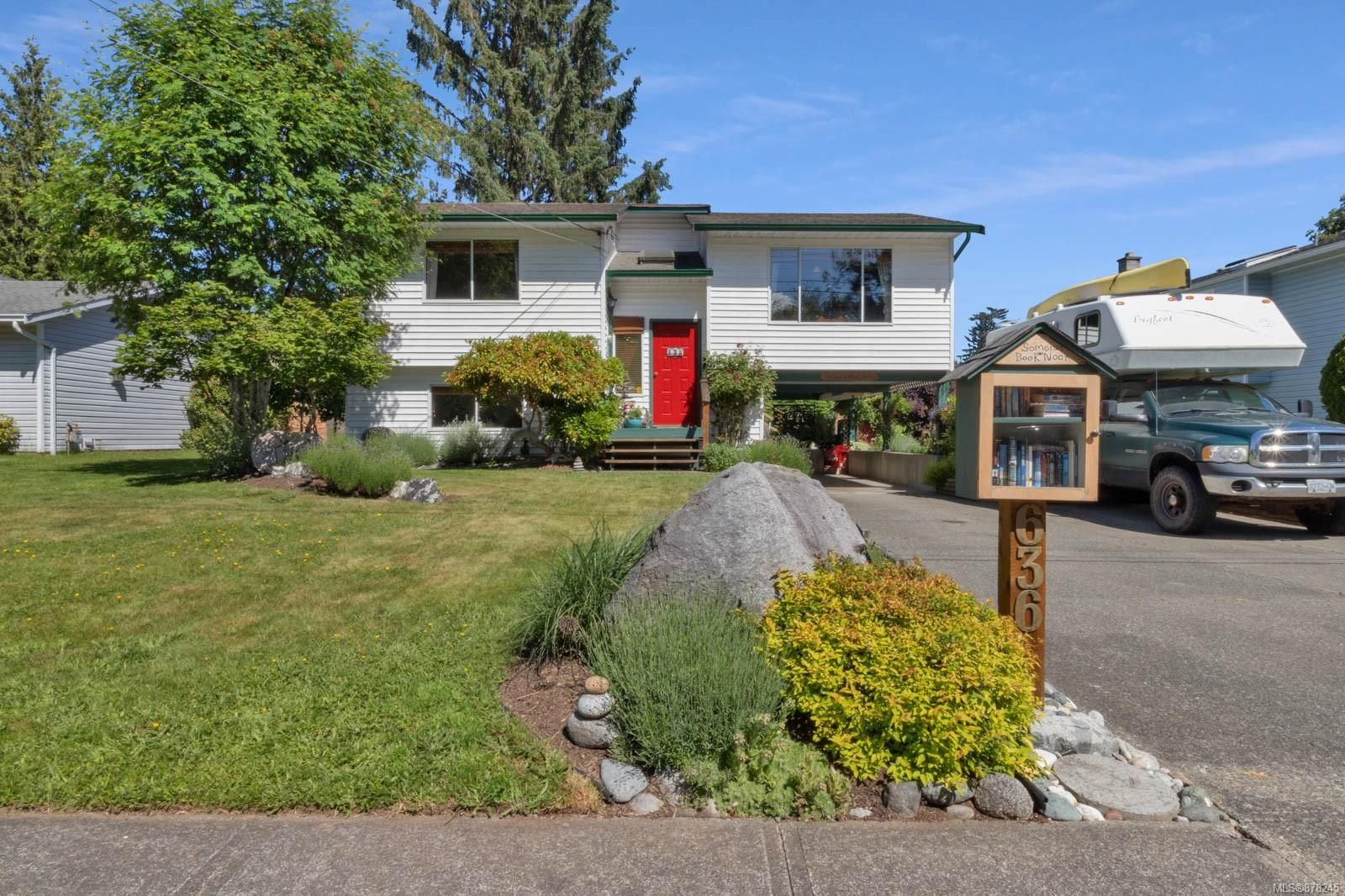 Main Photo: 636 Somenos Dr in : CV Comox (Town of) House for sale (Comox Valley)  : MLS®# 878245