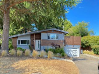 Main Photo: 3368 Kingsley Pl in : SE Mt Tolmie House for sale (Saanich East)  : MLS®# 883189