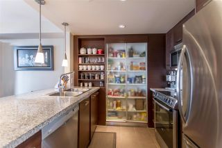 """Photo 6: 1804 2959 GLEN Drive in Coquitlam: North Coquitlam Condo for sale in """"The Parc"""" : MLS®# R2398572"""