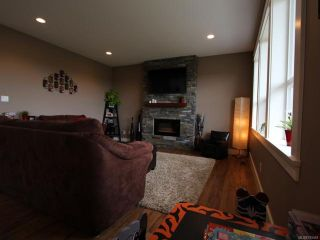 Photo 9: 2572 Kendal Ave in CUMBERLAND: CV Cumberland House for sale (Comox Valley)  : MLS®# 725453