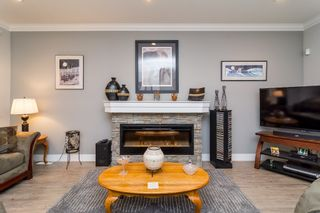 """Photo 5: 21137 77B Street in Langley: Willoughby Heights Condo for sale in """"Shaughnessy Mews"""" : MLS®# R2114383"""