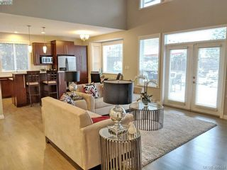 Photo 18: 1065 Violet Ave in VICTORIA: SW Strawberry Vale House for sale (Saanich West)  : MLS®# 807244