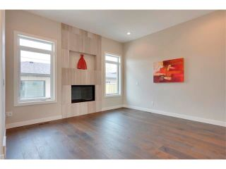Photo 13: 3715 43 Street SW in Calgary: Glenbrook House for sale : MLS®# C4027438