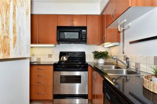 """Photo 8: 2501 63 KEEFER Place in Vancouver: Downtown VW Condo for sale in """"EUROPA"""" (Vancouver West)  : MLS®# R2324107"""