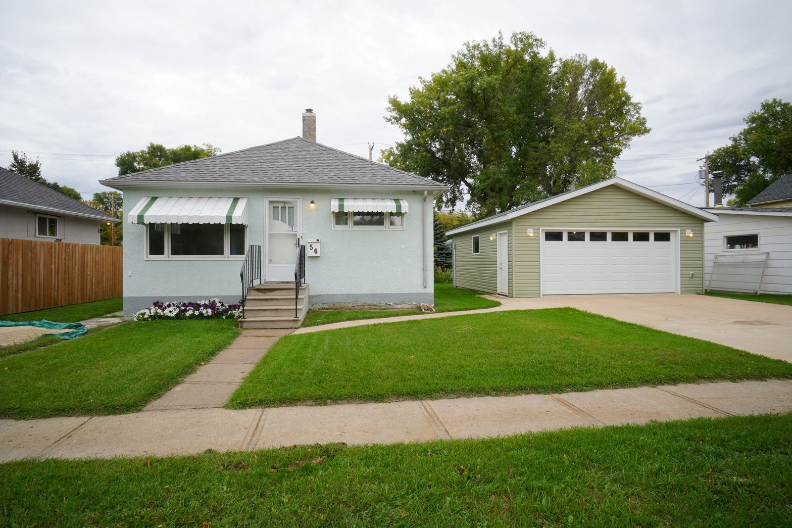 Main Photo: 56 8th Street NW in Portage la Prairie: House for sale : MLS®# 202122727