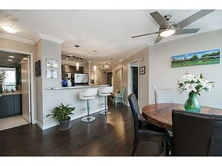 Photo 2: 1102 124 1ST Street W in North Vancouver: Home for sale : MLS®# V1103251