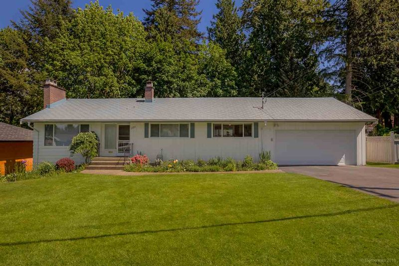 FEATURED LISTING: 969 BAYVIEW Square Coquitlam