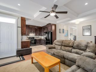 "Photo 7: 959 DELESTRE Avenue in Coquitlam: Maillardville 1/2 Duplex for sale in ""WEST COQUITLAM"" : MLS®# R2067199"