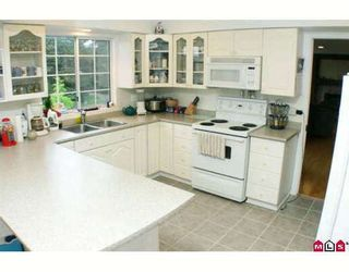 """Photo 3: 11155 154TH Street in Surrey: Fraser Heights House for sale in """"FRASER HEIGHTS"""" (North Surrey)  : MLS®# F2900344"""
