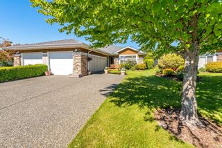 Photo 1: 116 1919 St. Andrews Pl in : CV Courtenay East Row/Townhouse for sale (Comox Valley)  : MLS®# 877870