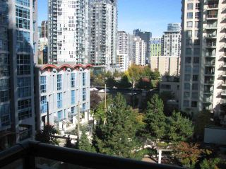 "Photo 1: 802 1295 RICHARDS Street in Vancouver: Downtown VW Condo for sale in ""OSCAR"" (Vancouver West)  : MLS®# R2213987"