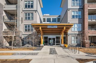 Photo 2: 1307 95 Burma Star Road SW in Calgary: Currie Barracks Apartment for sale : MLS®# A1114501