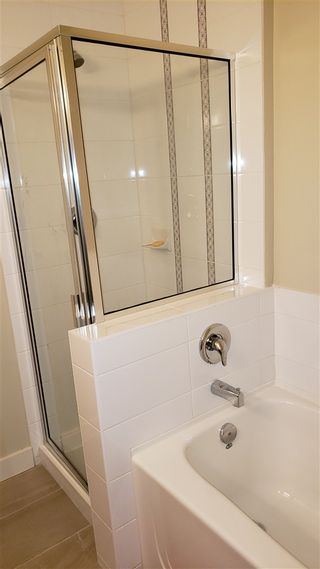"Photo 11: 125 10838 CITY Parkway in Surrey: Whalley Condo for sale in ""access"" (North Surrey)  : MLS®# R2373430"