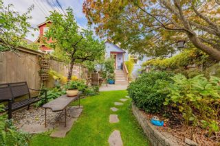 """Photo 36: 1056 E 14TH Avenue in Vancouver: Mount Pleasant VE House for sale in """"Cedar Cottage"""" (Vancouver East)  : MLS®# R2624585"""