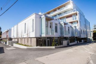"""Photo 2: 104 528 W KING EDWARD Avenue in Vancouver: Cambie Condo for sale in """"CAMBIE & KING EDWARD"""" (Vancouver West)  : MLS®# R2542898"""