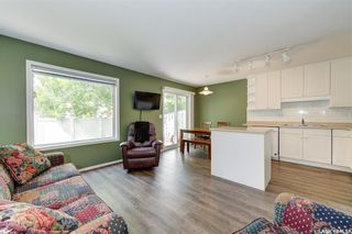 Photo 11: 8 215 Pinehouse Drive in Saskatoon: Lawson Heights Residential for sale : MLS®# SK859033