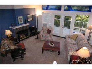 Photo 3:  in VICTORIA: SE Quadra Row/Townhouse for sale (Saanich East)  : MLS®# 363647