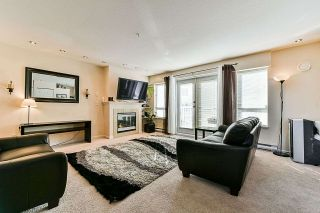 "Photo 2: 21 6577 SOUTHOAKS Crescent in Burnaby: Highgate Townhouse for sale in ""TUDOR GROVE"" (Burnaby South)  : MLS®# R2345569"