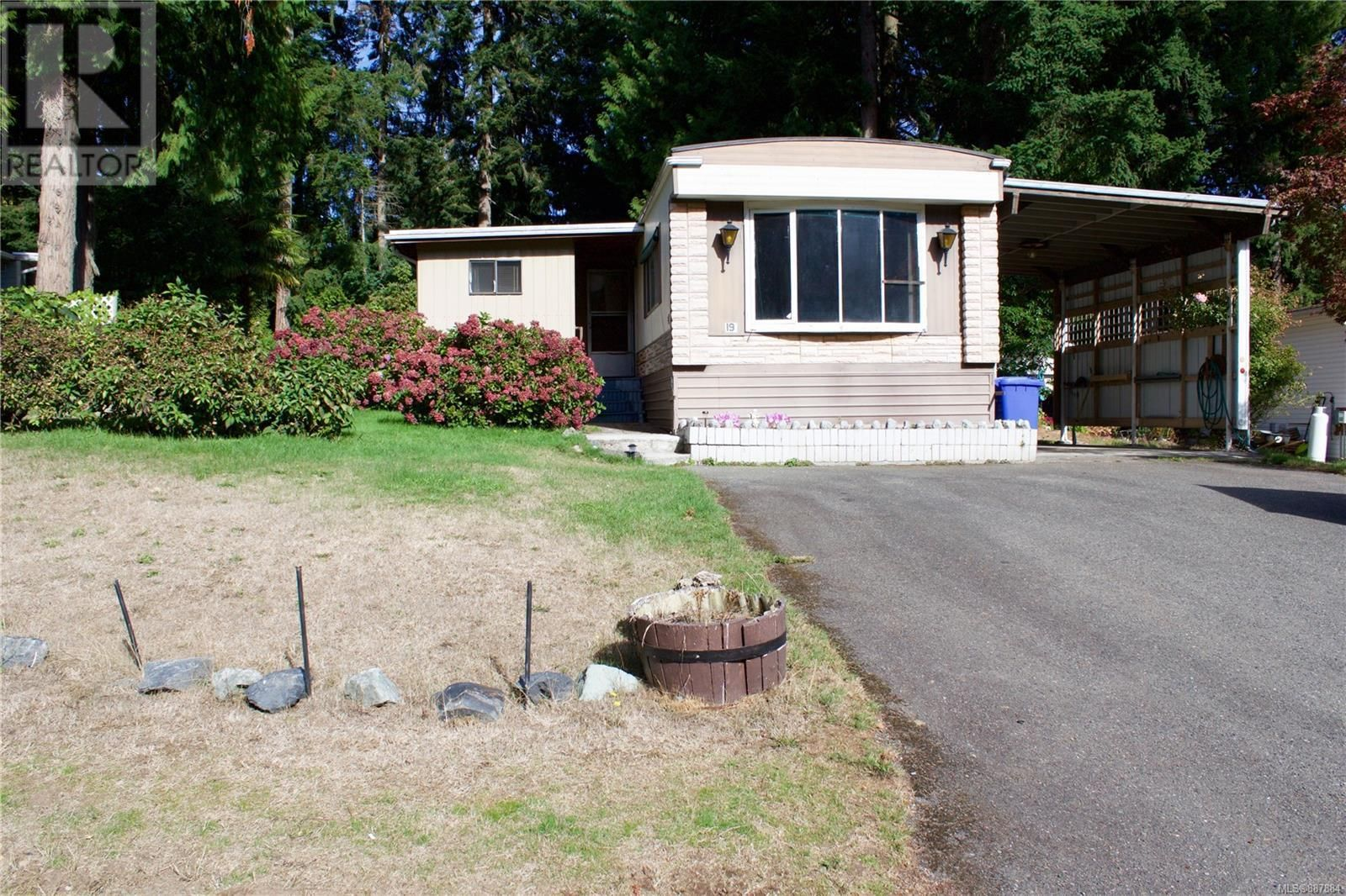 Main Photo: 19 3640 Trans Canada Hwy in Cobble Hill: House for sale : MLS®# 887884