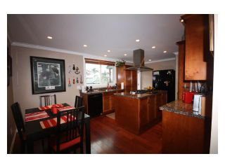 Photo 3: 4833 LANARK ST in Vancouver: Knight House for sale (Vancouver East)  : MLS®# V935096
