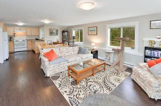 Photo 6: 796 Braveheart Lane in : Co Triangle House for sale (Colwood)  : MLS®# 869914