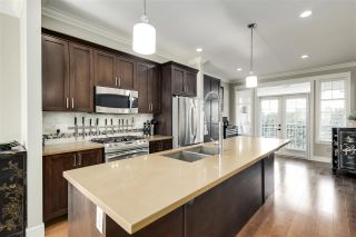"""Photo 7: 28 17171 2B Avenue in Surrey: Pacific Douglas Townhouse for sale in """"AUGUSTA"""" (South Surrey White Rock)  : MLS®# R2514448"""