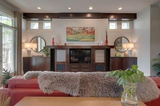 Photo 5: 19 Sienna Ridge Bay SW in Calgary: Signal Hill Detached for sale : MLS®# A1152692