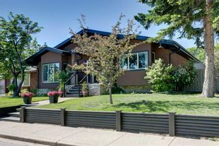 Photo 3: 21 Malibou Road SW in Calgary: Meadowlark Park Detached for sale : MLS®# A1121148