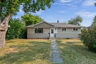 Main Photo: 4732 Worcester Drive SW in Calgary: Wildwood Detached for sale : MLS®# A1134877