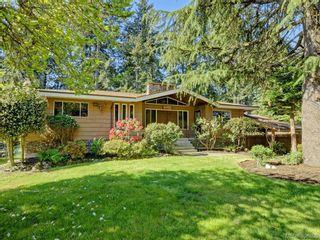 Photo 1: 665 Fairway Ave in VICTORIA: La Langford Proper House for sale (Langford)  : MLS®# 793820