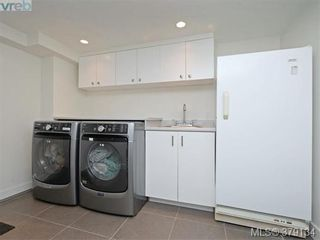 Photo 15: 2547 Scott St in VICTORIA: Vi Oaklands House for sale (Victoria)  : MLS®# 761489
