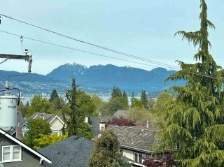 """Photo 26: 304 4463 W 10TH Avenue in Vancouver: Point Grey Condo for sale in """"West Point Grey"""" (Vancouver West)  : MLS®# R2567933"""