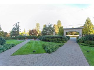 "Photo 2: 603 14824 NORTH BLUFF Road: White Rock Condo for sale in ""The Belaire"" (South Surrey White Rock)  : MLS®# R2230176"