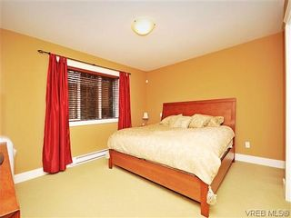 Photo 10: 973 Cavalcade Terr in VICTORIA: La Florence Lake House for sale (Langford)  : MLS®# 603412