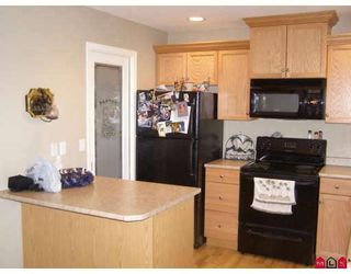 """Photo 3: 63 5965 JINKERSON Road in Sardis: Promontory Townhouse for sale in """"EAGLE VIEW RIDGE"""" : MLS®# H2805241"""