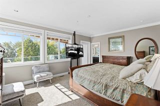 "Photo 16: 14432 MAGDALEN Crescent: White Rock House for sale in ""Ocean View White Rock"" (South Surrey White Rock)  : MLS®# R2536226"