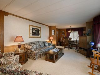 Photo 3: 7 2607 Selwyn Rd in : La Mill Hill Manufactured Home for sale (Langford)  : MLS®# 872104