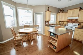 Photo 10: 186 EVERGLADE Way SW in Calgary: Evergreen Detached for sale : MLS®# C4223959