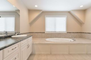 Photo 35: 1197 HOLLANDS Way in Edmonton: Zone 14 House for sale : MLS®# E4242698
