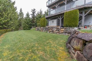 Photo 2: 1003 TOBERMORY Way in Squamish: Garibaldi Highlands House for sale : MLS®# R2572074