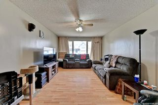 Photo 9: 111 112th Street West in Saskatoon: Sutherland Residential for sale : MLS®# SK852855
