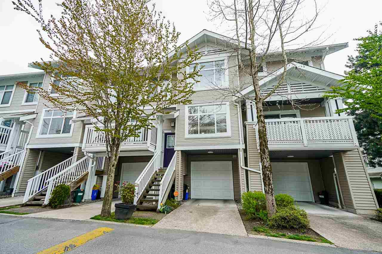 """Main Photo: 159 20033 70 Avenue in Langley: Willoughby Heights Townhouse for sale in """"DENIM II"""" : MLS®# R2572045"""