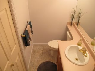 """Photo 20: 4 323 GOVERNORS Court in New Westminster: Fraserview NW Townhouse for sale in """"FRASERVIEW"""" : MLS®# R2135689"""