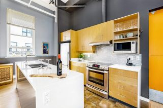 """Photo 17: 301 549 COLUMBIA Street in New Westminster: Downtown NW Condo for sale in """"C2C Lofts"""" : MLS®# R2590758"""