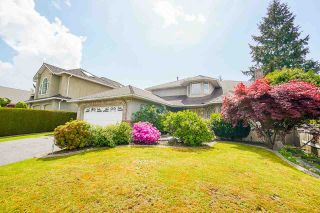 """Photo 3: 12428 63A Avenue in Surrey: Panorama Ridge House for sale in """"Boundary Park"""" : MLS®# R2577926"""