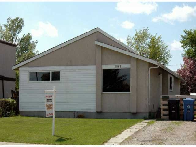 Main Photo: 8007 20A Street SE in Calgary: Lynnwood_Riverglen Residential Detached Single Family for sale : MLS®# C3639559