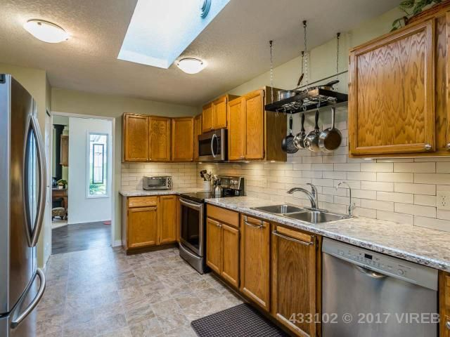 Photo 18: Photos: 1306 BOULTBEE DRIVE in FRENCH CREEK: Z5 French Creek House for sale (Zone 5 - Parksville/Qualicum)  : MLS®# 433102